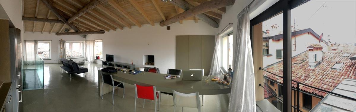 La bella casa-studio di Titina in centro a Bergamo dove ho vissuto la campagna