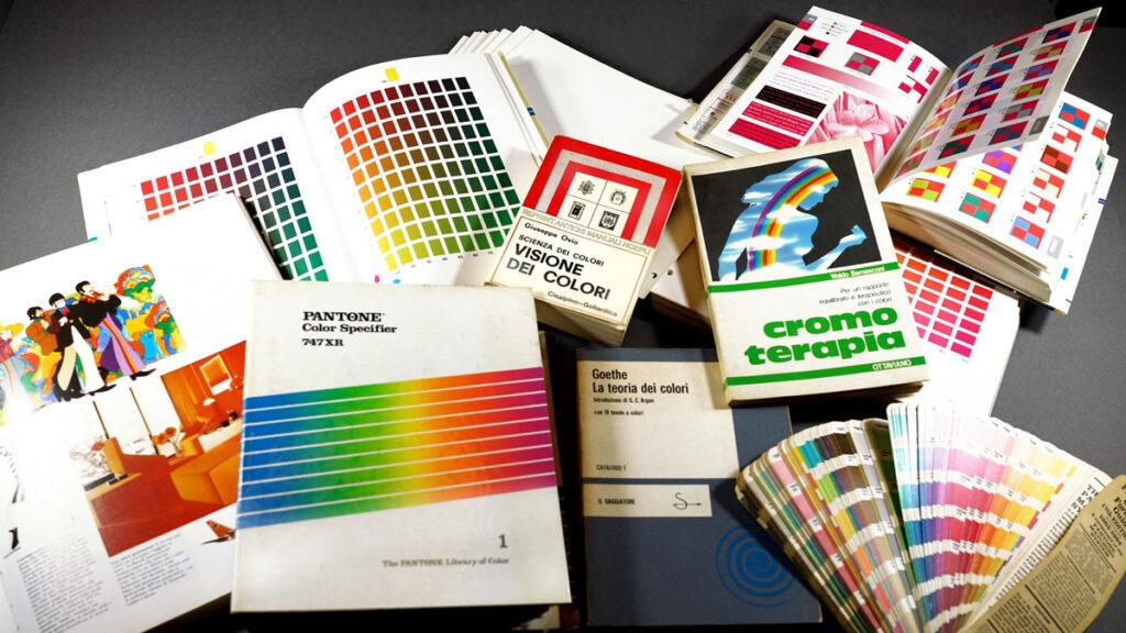 La mia biblioteca del colore, utile strumento di lavoro per le scelte cromatiche di una campagna elettorale