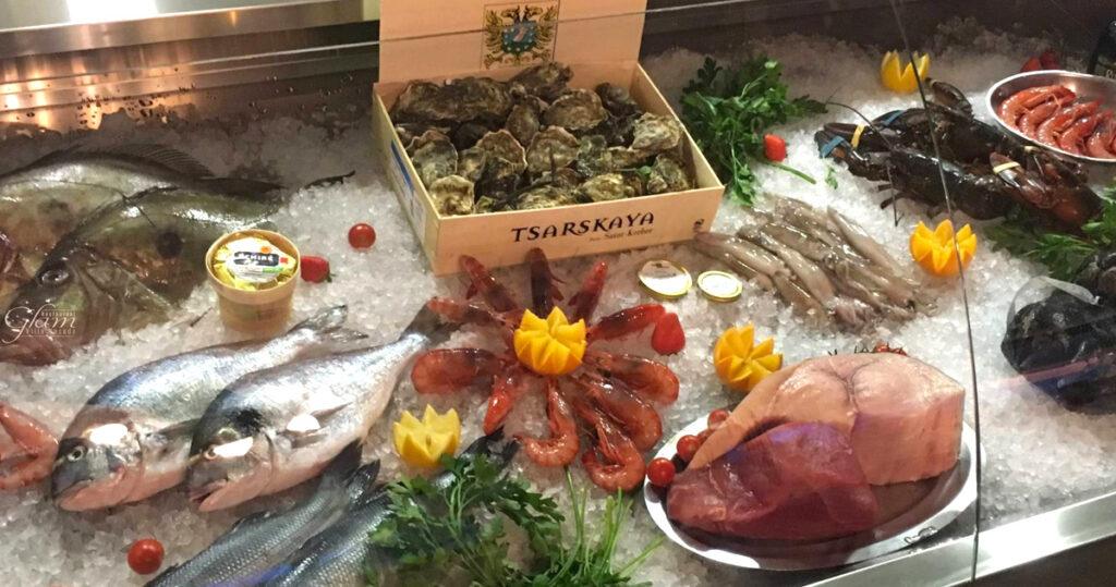 Bello festeggiare la vittoria al Glam con ostriche e gamberi di Sanremo!