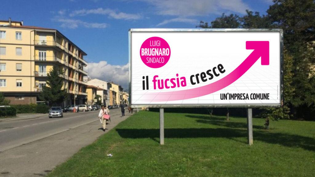 """Il coraggioso poster """"Il fucsia cresce"""" che contraddiva spudoratamente tutti i sondaggi ufficiali"""