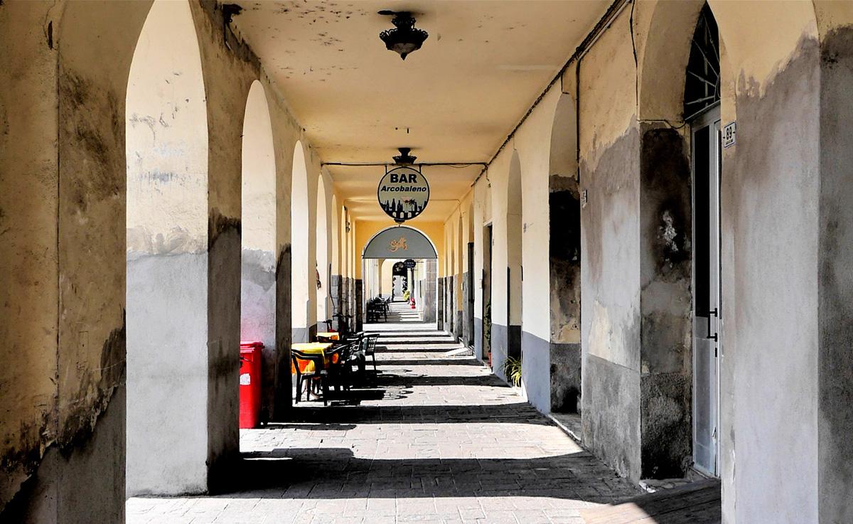 I portici di Calata Cuneo
