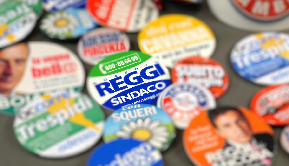 La mia collezione di spille elettorali
